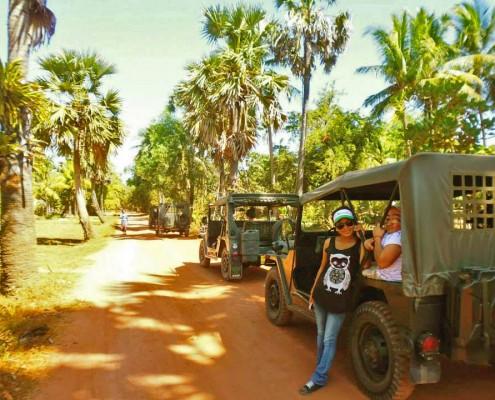 jeep-tour-cambodia-02